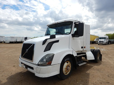Tractocamion Volvo Vnl Gm106531