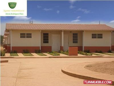 Casas En Venta Urb Villas Garban