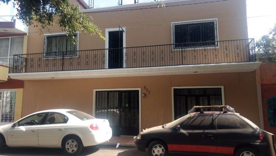 Casa En Venta En Guadalajara, Colonia El Retiro.