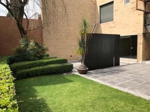 Lomas De Bezares, Preciosa Casa Con Jardín Y Mucha Luz Natural