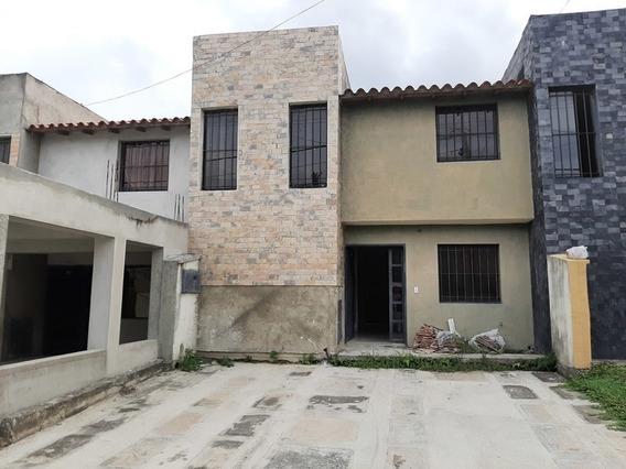 Casa En Venta La Arboleda San Felipe Soc-087