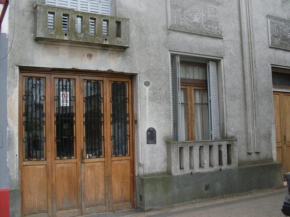 11 Entre 61 Y 62, Casa 3 Dormitorios En Venta, La Plata.-