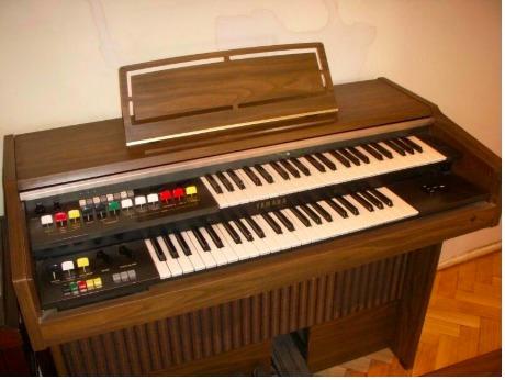 Órgano Yamaha Electone Bk-5 Doble Teclado