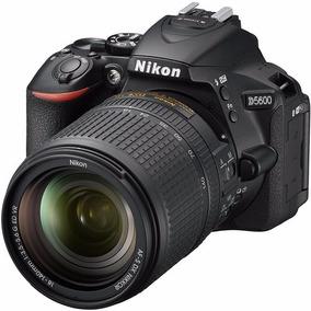 Câmera Nikon D5600 24.2mp Obj Nikon 18-140mm.