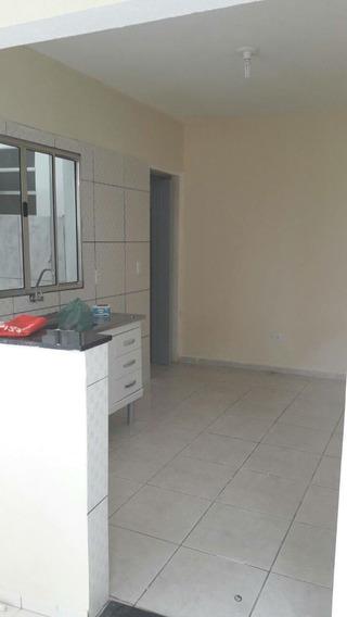 Casa Em Jardim Santa Rosa, Taboão Da Serra/sp De 40m² 1 Quartos Para Locação R$ 750,00/mes - Ca394339