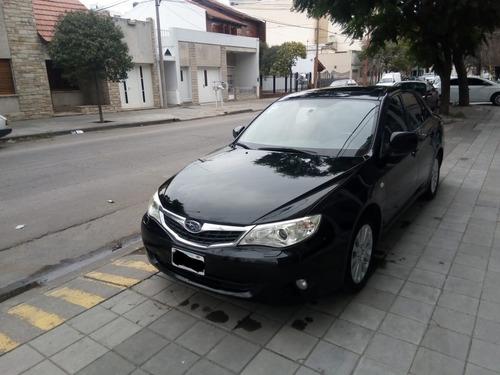 Subaru Impreza 2.0 4p Mt