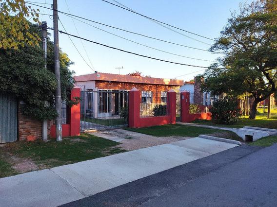 Hermosa Casa En Barra De Carrasco - Todo Al Dia