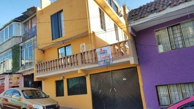 Casa En Venta, Xalpa Iztapalapa, Siete Recamaras, Cinco Baños, Estudio, Amplio Patio