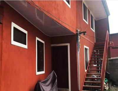 Apartamento De 3 Habitaciones, 2 Baños