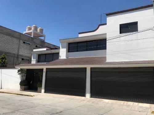 Casa Sola En Venta En Col. Ocho Cedros, Toluca, Edomex