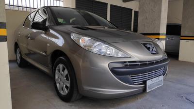 Peugeot 207 Passion Xr 2010/2011 Com Interior Bem Conservado