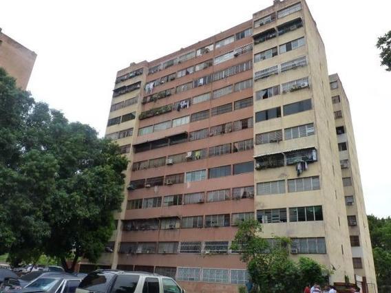 Apartamento En Venta Codazzi 20-12927 Mepm 43