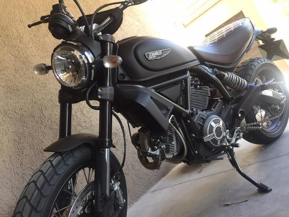 Ducati Scrambler Clasic 800 Customizada