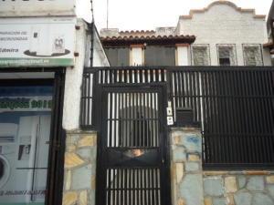 Casa En Venta En El Paraíso Rent A House Tubieninmuebles.com.ve Mls 20-14888