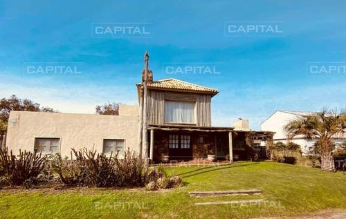 Buena Casa En Jose Ignacio - Ref: 29674