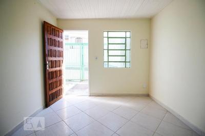 Casa Com 3 Dormitórios E 2 Garagens - Id: 892934752 - 234752