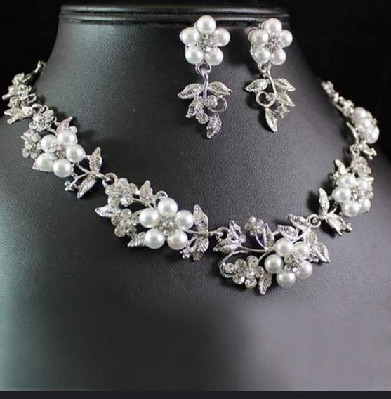 Gargantilla,collar Y Aretes De Perlas , 2 Piezas