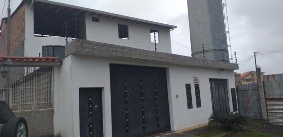 Habitaciones En Alquiler Para Dama En La Castellana. Sc