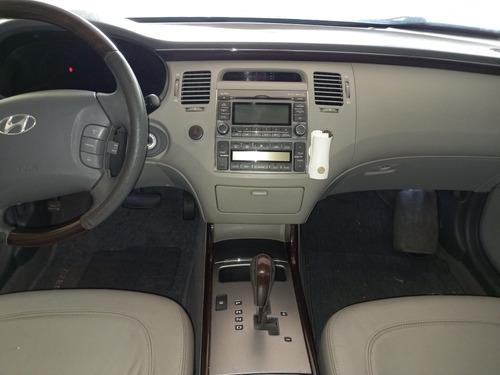 Imagem 1 de 15 de Hyundai Azera 2010 3.3 Gls Aut. 4p