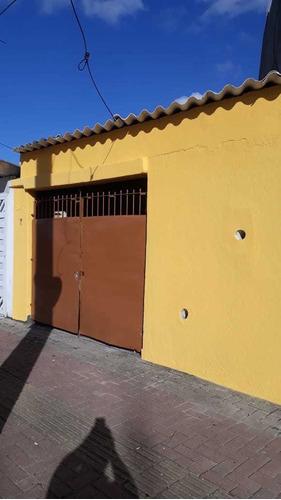 Imagem 1 de 14 de Vendo Casa Em Bairro De Ocian Em Praia Grande -sp