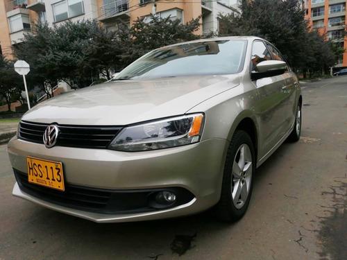 Volkswagen New Jetta At 2500