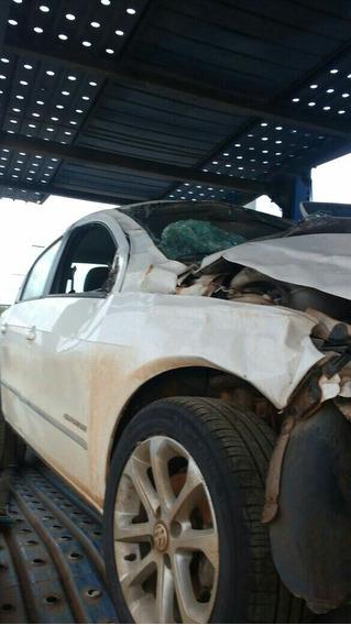 Sucata Volkswagen Voyage 1.6 2012 (p/retirada De Peças)
