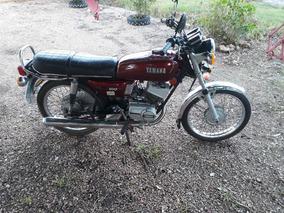 Vendo Moto Yamaha En Muy Buen Estado.