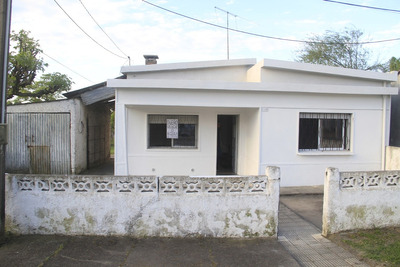 Casa En Alquiler En Juan Ortíz 228