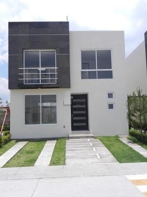 Casa En Renta En San Mateo Atenco, Cerca De Av. Las Torres