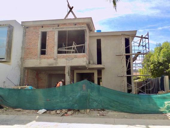 Casa Nueva En Venta En Coto En Bugambilias, Zapopan