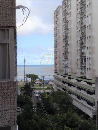 Apartamento  Com 1 Dormitório(s) Localizado(a) No Bairro Ponta Da Praia Em Santos / Santos  - 6679