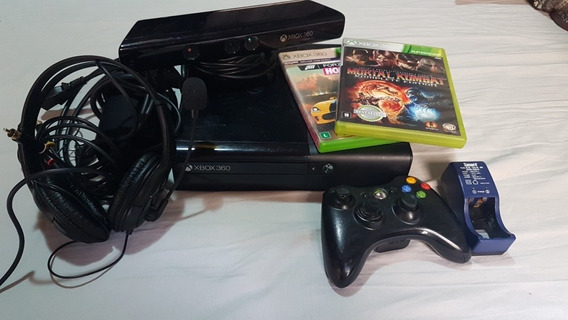 Video Game Xbox 360 Console + Kinect + Fone