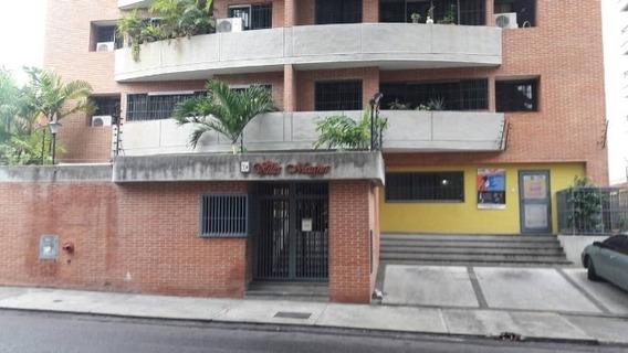 Apartamento En Alquiler La Campiña