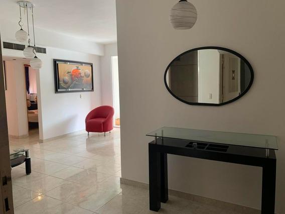 Apartamento En Venta La Trigaleña, Valencia Cod 20-4758 Ddr
