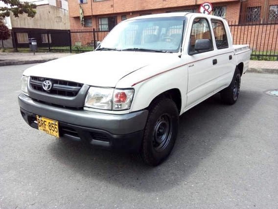 Toyota Hilux 2005 4x2 Doble Cabina Mecánica Full Inyección