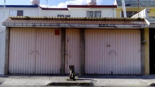 Casa En Venta En Bosques Del Valle, Coacalco, México