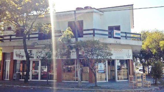 Local Con Casa En Planta Alta - 3 Nº 6096 Muy Amplios