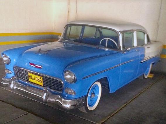 1955 Chevrolet Belair 210 Clásico Restaurado