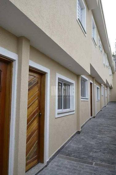 Sobrado Em Condomínio Em Itaquera Com 2 Suítes, 1 Vaga, 57m² - So0195