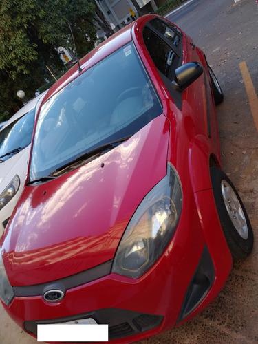 Imagem 1 de 5 de Vendo Ford Fiesta Flex 1.0 Bom Estado Documentação Em Ordem