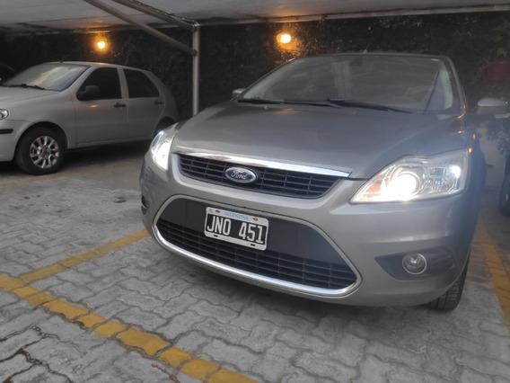 Vendo O Permuto Ford Focus 2.0 Ghia Excelente Estado