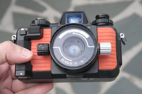 Câmera Nikonos V Com Lente 35mm 2.5