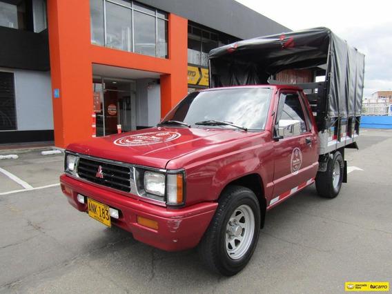 Mitsubishi L200 Estacas 4x2 2.0