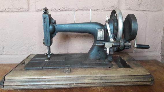 Máquina Antiga De Costura