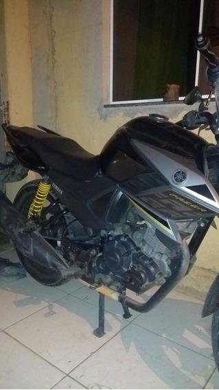 Yamaha Fazer Sed