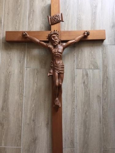Cristo Tallado En Madera (obra De Arte)