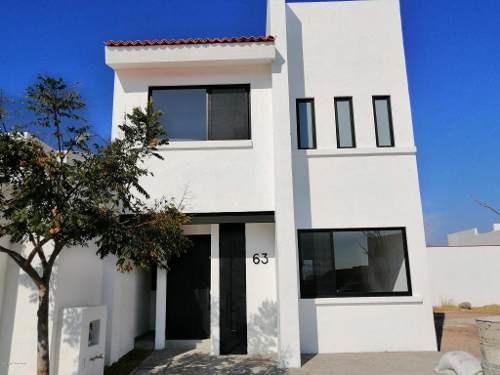 Casa En Renta En Real Solare, El Marques, Rah-mx-20-966