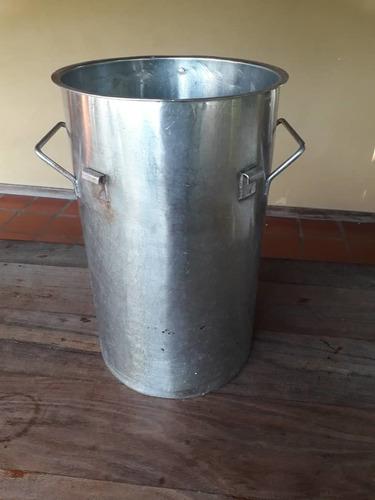 Imagen 1 de 5 de Licuadora Industrial 110 Voltios 3.500 Rpm.