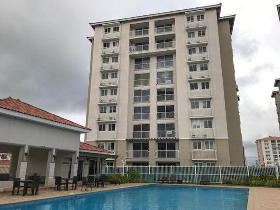 Bello Apartamento En Venta En Versalles Panama
