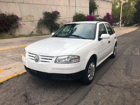 Volkswagen Pointer 2008 Estandar 5 Puertas Excelente Estado